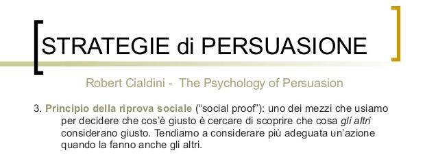 persuasione riprova sociale cialdini