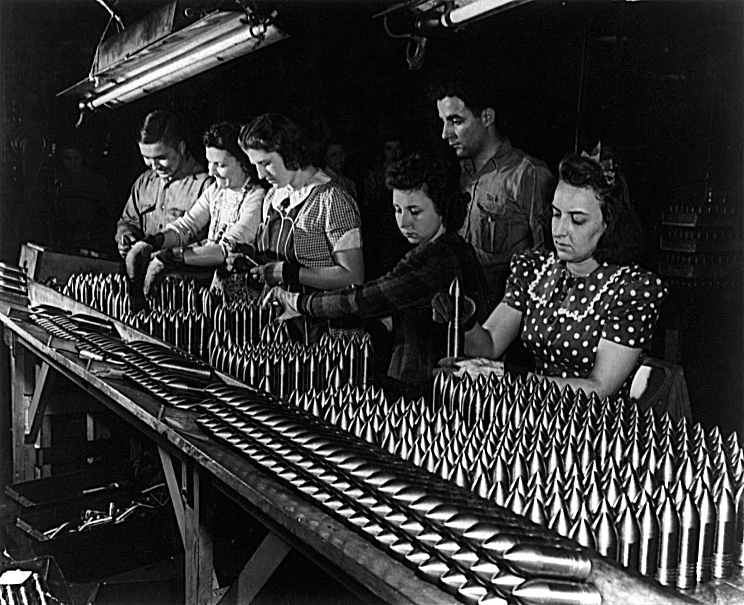 team building Mayo luce fabbrica